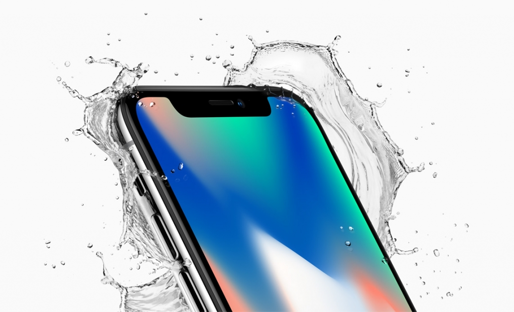iPhone X Water Splash